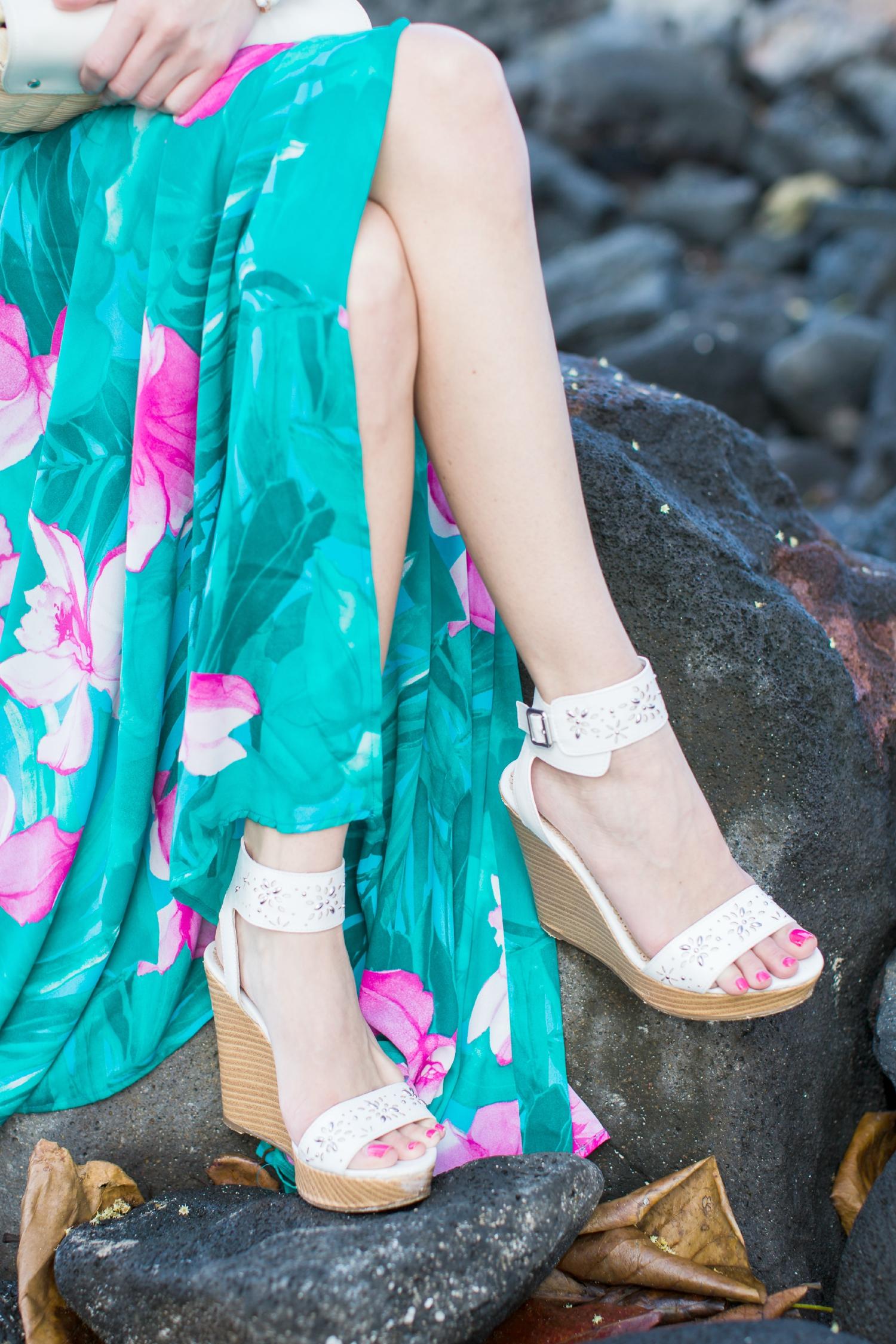 Hawaiian Maxi Dress, Show Me Your Mumu, Lei Bay, Hawaii, Karen Loudon Photography, Stephanie Ziajka, Diary of a Debutante