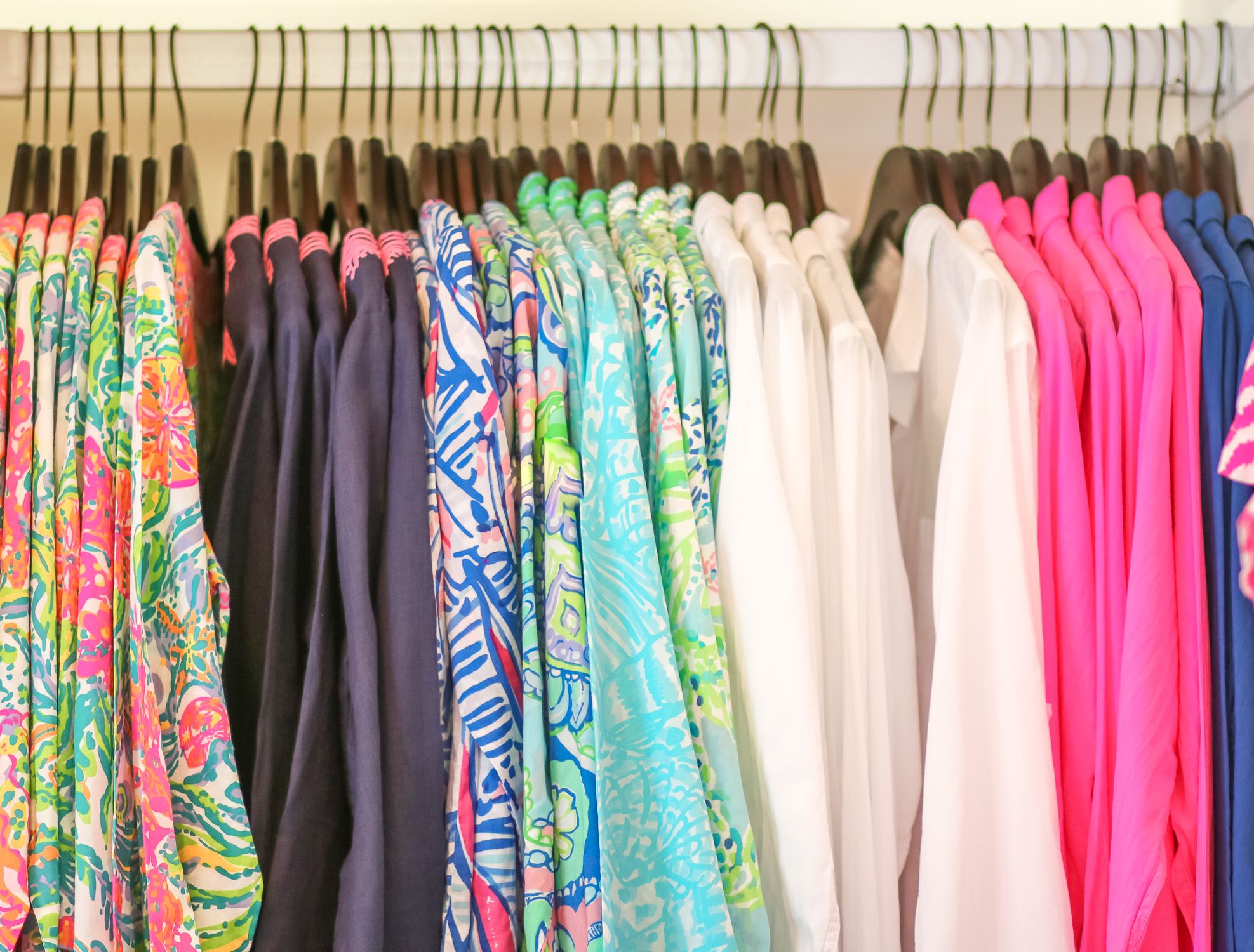 When is the Lilly Pulitzer After Party Sale exactly? This post shares all the most important details about the sale, including the dates, shopping tips, and things to know (like the return policy).