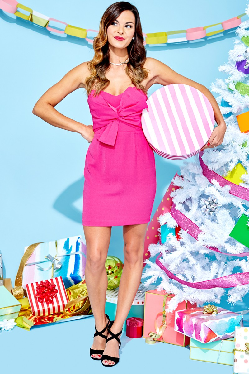 Holiday Gift Guide: Something for Everyone on Your List by guest poster the Red Dress Boutique on Diary of a Debutante