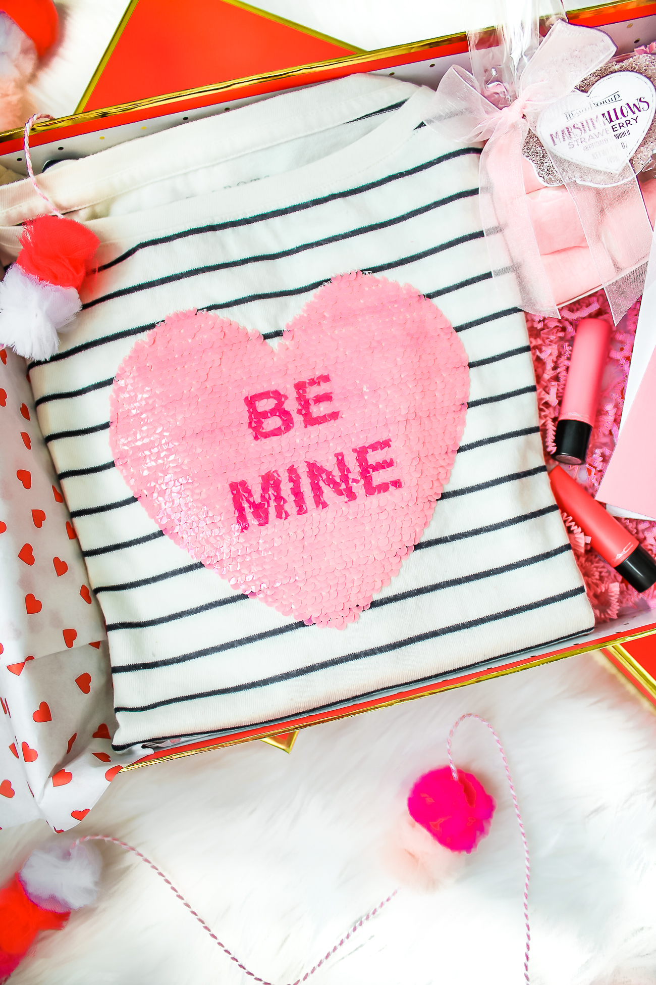 How to enjoy Valentine's Day as a single gal by fashion blogger Stephanie Ziajka from Diary of a Debutante, what to do on Valentine's Day when you are single, how to spend Valentine's Day alone