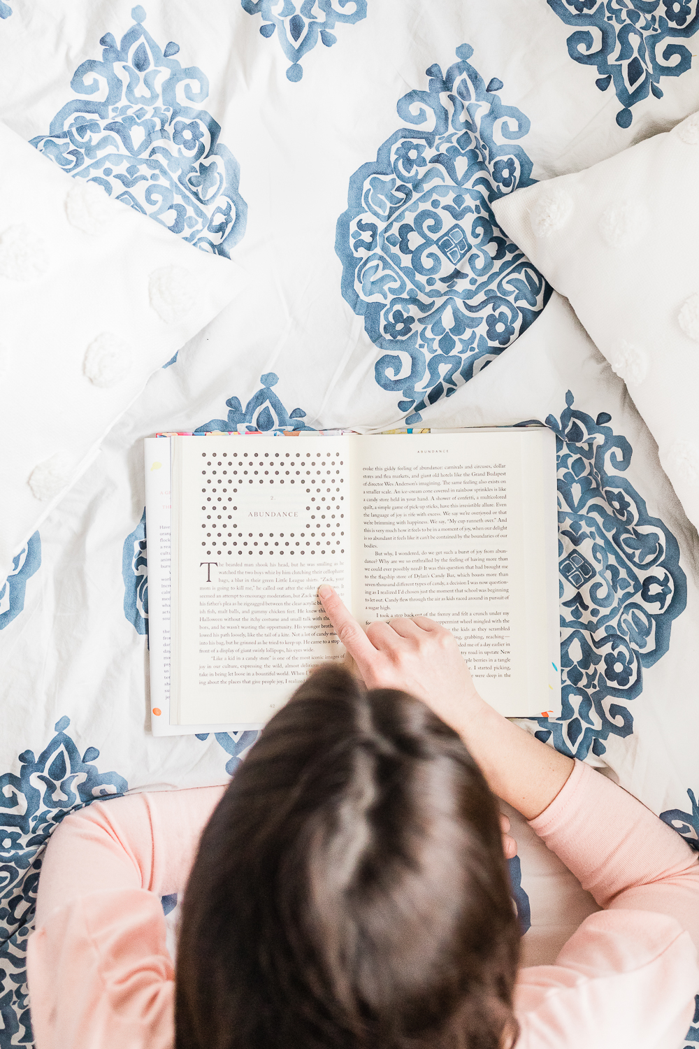 Girlboss Reading List: 10 of the Best Books for Women in 2019 by southern lifestyle blogger Stephanie Ziajka from Diary of a Debutante, best business books for women, best self help books for women in their 20s, cute reading photo, cute reading flat lay photo