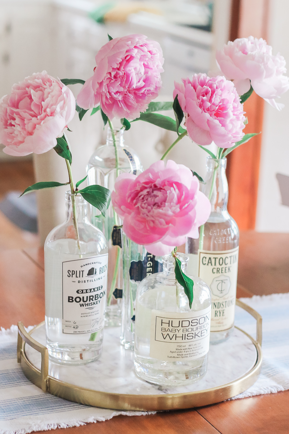 DIY Peony Centerpiece by popular southern lifestyle blogger Stephanie Ziajka on Diary of a Debutante, rustic centerpiece idea with peonies, minimalist rustic flower arrangement with peonies, cheap wedding table centerpieces, rustic home decor ideas