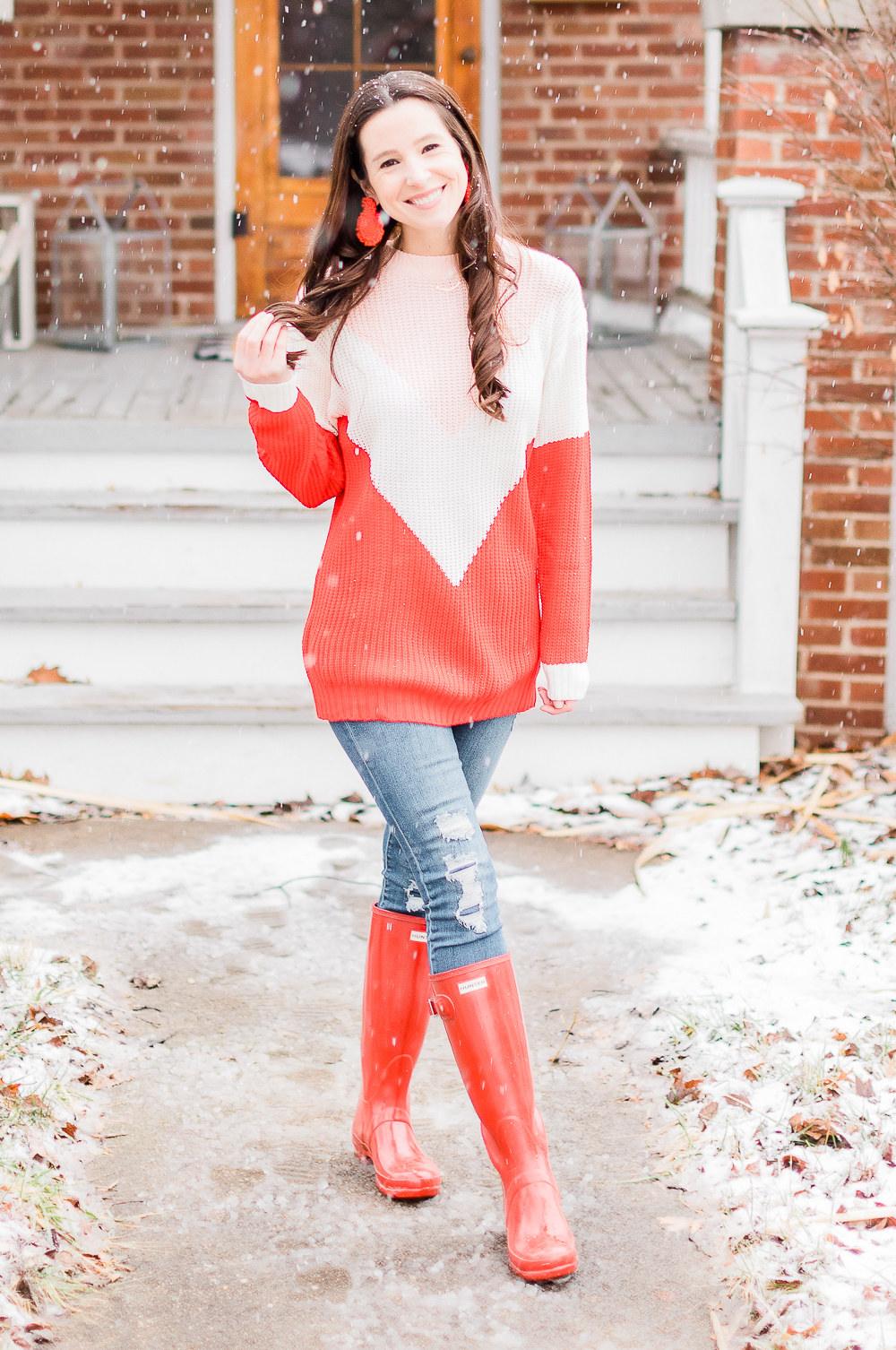 red Hunter boots, pink colorblock sweater, red colorblock sweater, Amazon beaded statement earrings, Date Night Outfit Ideas for Valentine's Day, Valentines Day outfit ideas, Galentines Day outfit ideas, Valentines Day outfits, popular affordable fashion blogger, Stephanie Ziajka, popular affordable fashion blog, Diary of a Debutante