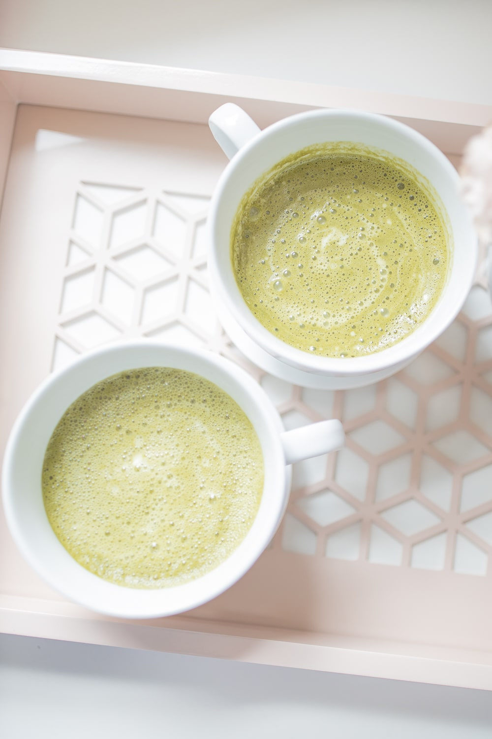 Homemade matcha latte recipe with collagen by blogger Stephanie Ziajka on Diary of a Debutante